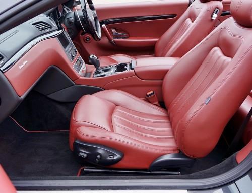 Ako sa starať o kožené sedadlá v aute?